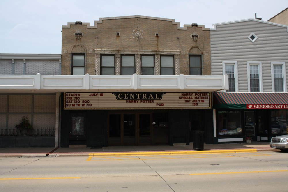 Central Theatre in Geneseo, IL